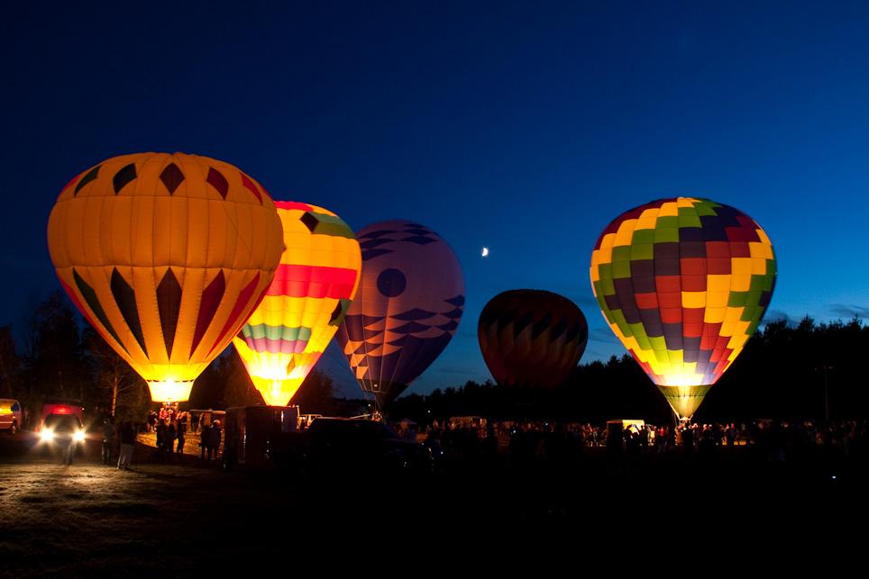 Hot-air balloons in Hudson (Tyler Trahan/Flickr)